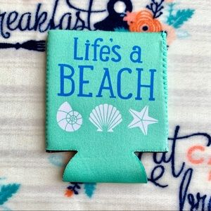 Other - 🐚 Life Is A Beach Can Cozy 🐚